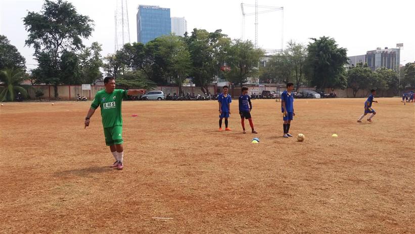 Latihan Senior-Junior